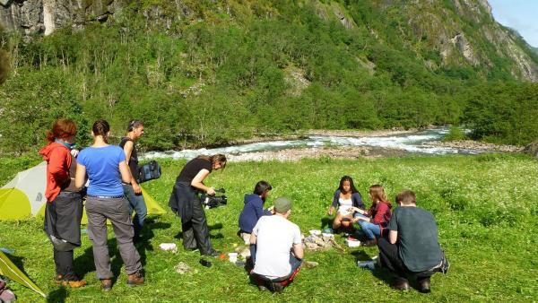 Frühstück in der Wildnis  | Rechte: hr/E+U TV Film- und Fernsehproduktion