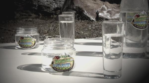 Bevor das Wasser getrunken werden kann, muss es abgekocht werden. | Rechte: KiKA/ HR