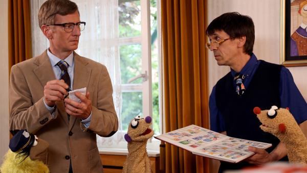Ein paar seltene Briefmarken sind verschwunden.   Rechte: bigSmile/NDR