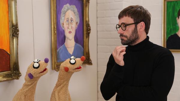 Jan und Henry treffen in der Galerie Künstler Jack Fleck (Daniel Wiemer). | Rechte: NDR/bigSmile