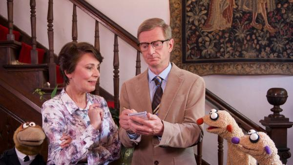 Kommissar mit Gräfin von Undzu und Jan & Henry | Rechte: bigSmile Foto: bigSmile