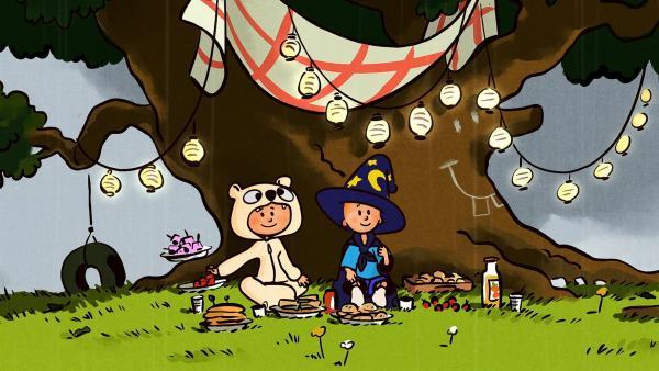 Unter ihrer Lieblingseiche können Ella und Oskar auch bei Regen ungestört picknicken. | Rechte: SWR/NORMAAL