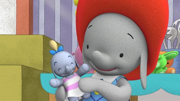 Ella hat ihre alte Puppe Molly wieder gefunden. | Rechte: KiKA/TVOKids/FremantleMedia Kids & Family Entertainment/DHX Cookie Jar Inc.