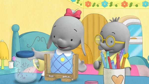 Ella und Tiki basteln eine Ameisenfarm.  | Rechte: KiKA/TVOKids/FremantleMedia Kids & Family Entertainment/DHX Cookie Jar Inc.