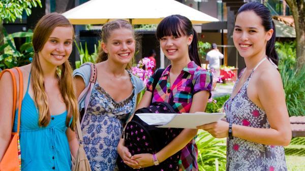 Ally, Emma, Jackie und Michelle | Rechte: NDR/Southern Star