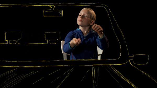 Helena fährt Auto. | Rechte: KiKA/Motion Works GmbH