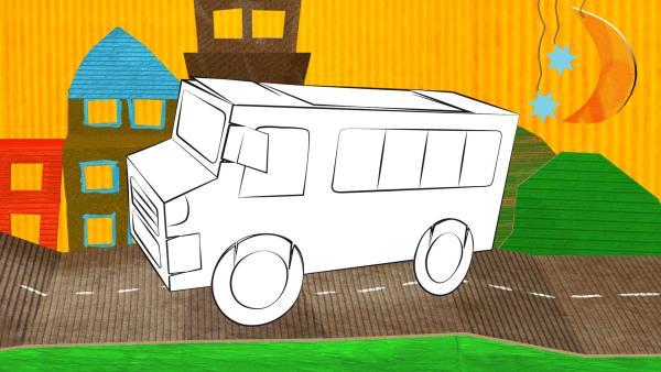 Ein gebastelter Bus aus Pappe von ENE MENE BU fährt durch die Stadt.  | Rechte: KiKA