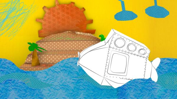 Das gebastelte U-Boot aus Papier von ENE MENE BU fährt durchs Wasser. | Rechte: KiKA