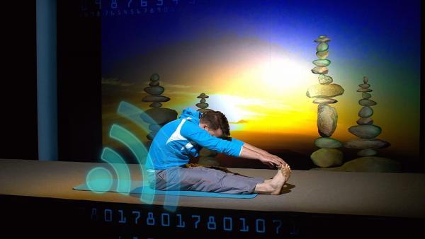 Ein neuer Trend: Körperfunktionen messen. Wird man dadurch fitter? Felix macht den Selbstversuch und startet mit Yoga.         | Rechte: KiKA/tvision GmbH