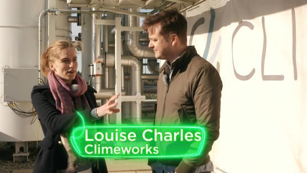Felix trifft die Klimaforscherin Louise Charles. Sie versucht das Kohlenstoffdioxid wieder aus der Erdatmosphäre herauszubekommen. | Rechte: KiKA