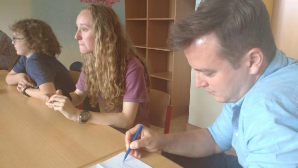 Felix geht wieder in die Schule! | Rechte: KiKA/Elisabeth Möckel