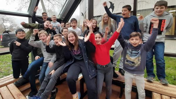 Die Schüler der Klasse 6e der Lahntalschule in Biedenkopf | Rechte: KiKA/Jacqueline Kupey