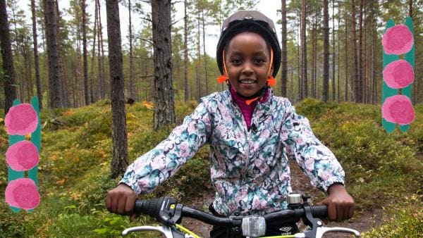 Kind auf einem Fahrrad | Rechte: ZDF/NRK SOGN OG FJORDANE