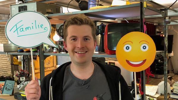 Tim und Emojis | Rechte: KiKA