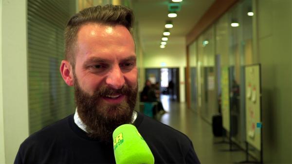 Steven Bathke vom Organisationsteam BarCamp Erfurt | Rechte: KiKA