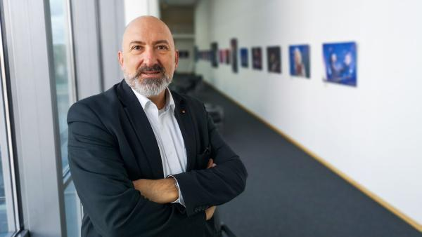 Prof. Andreas Büsch  | Rechte: KiKA