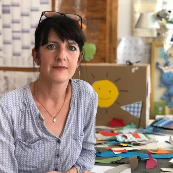 Katrin Lahr in ihrem Büro | Rechte: KiKA/ Katrin Lahr