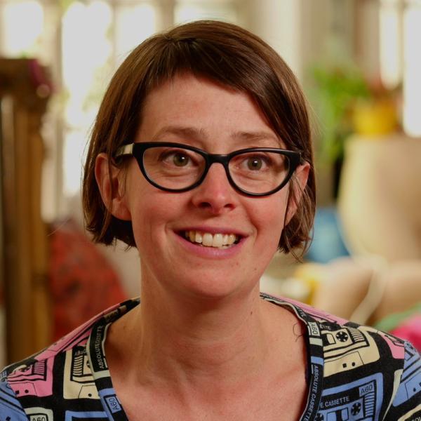Portrait von Susanne Laros | Rechte: KiKA