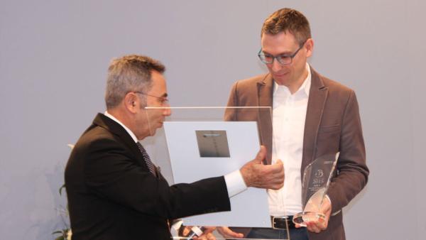 Prof. Dr. Wassilios E. Fthenakis mit Michael Stumpf | Rechte: KiKA/Kathrin Wiermer