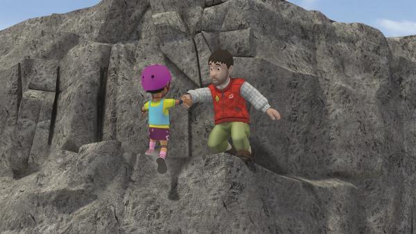 Moose hilft der kleinen Mandy.   Rechte: KiKA/2011 Prism Art & Design Limited
