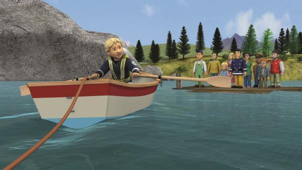 Penny kommt mit einem Boot zu Hilfe.   Rechte: KiKA/2011 Prism Art & Design Limited
