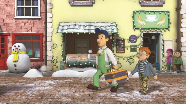 Norman bitte Mike auch das Geschäft seiner Mutter mit einer Lichterkette zu schmücken. | Rechte: KiKA/2011 Prism Art & Design Limited