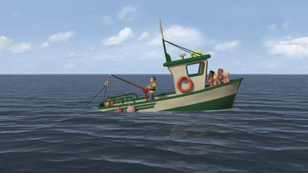 Charlie hat das Boot nicht mehr unter Kontrolle. Es droht zu sinken. | Rechte: KiKA/2011 Prism Art & Design Limited
