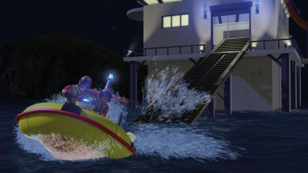 Elvis und Penny suchen mit Neptun nach den Schiffbrüchigen im Meer.   Rechte: KiKA/2014 Prism Art & Design Limited