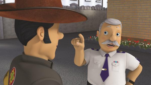 Hauptfeuerwehrmann Steele duldet keine Cowboyhüte. | Rechte: KiKA/Prism Art & Design Limited