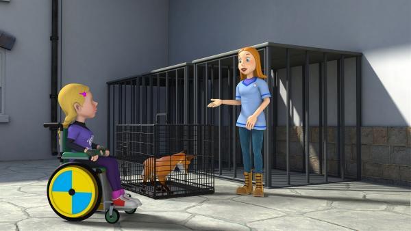 Hannahs Mutter bittet Hannah darum, den Fuchskäfig nicht zu öffnen.   Rechte: KiKA/Prism Art & Design Limited