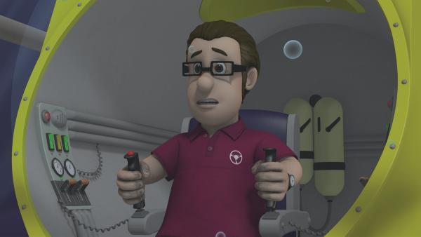 """Joe hat gerade festgestellt, dass die Batterie seines U-Boots """"Tauchmaster 2000"""" leer ist.   Rechte: KiKA/Prism Art & Design Limited"""