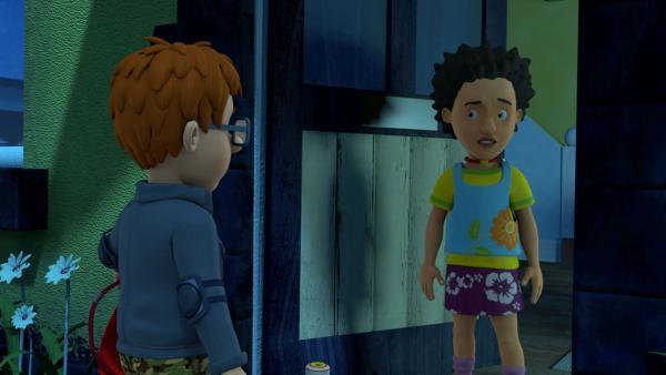 Mandy verhält sich auch komisch. Norman ist sicher, Zombies sind in Pontypandy eingefallen.   Rechte: KiKA/Prism Art & Design Limited