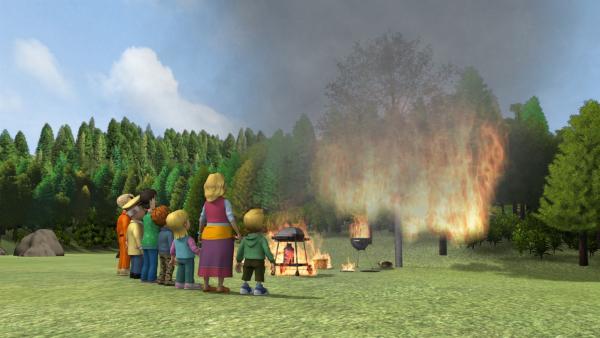 Der Grillwettbewerb zwischen Trevor und Tom geht in Flammen auf. | Rechte: KiKA/HIT Entertainment