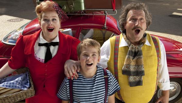 Mama Trom (Eva van der Gucht), Papa Trom ( Marcel Musters) und Dik (Michael Nierse) | Rechte: MDR/Eyeworks Film & TV Drama