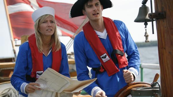 Auch das künftige Brautpaar (Sidse Mickelborg, Søren Bregendal) muss mit anpacken.  | Rechte: KiKA/ASA Film Prod. A/S & Scanbox Entertainment A/S 2012