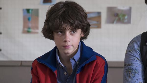 Victor (Jean-Stan Du Pac) bekommt Ärger in der Schule.   Rechte: MDR/Ajoz Films/Gaumont/France 2 Cinema/Les Magnifiques/Nexus Factory