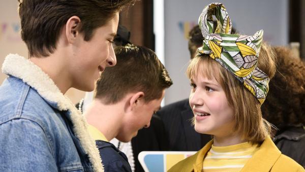 Bruno (Valentijn Avé) ermutigt Coco (Nola Kemper), wie ein Style Tiger im Finale zu kämpfen.   Rechte: NDR/Pief Weyman