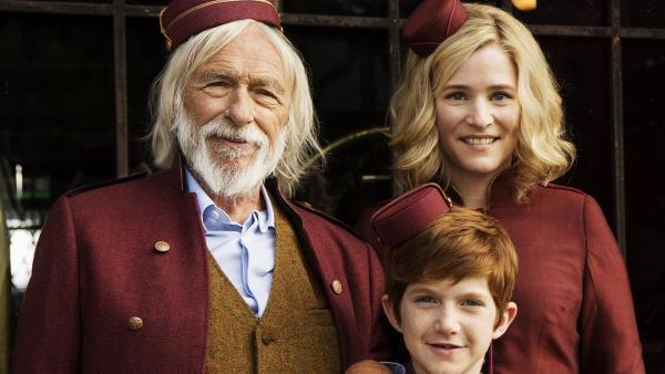 Alles Hotepagen: Grandpapy, Spirou und Spirous Mutter (von Links nach Rechts).  | Rechte: KiKA/Les Films du Cap Les Partenaires