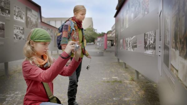 Malwine und Elise auf den Spuren von Fritzi in Berlin | Rechte: MDR/Thomas Keffel