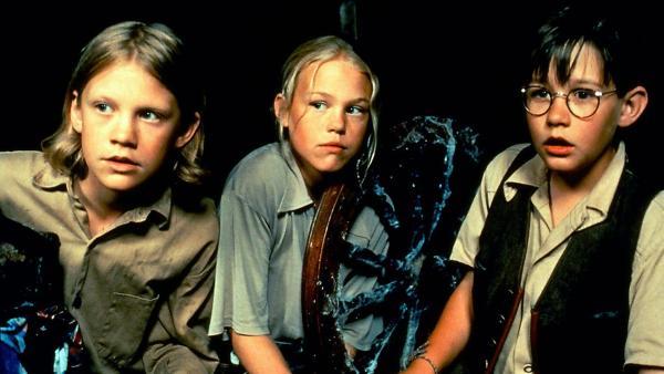 Anders (Totte Steneby, li.), Eva-Lotta (Josefin Arling) und Kalle (Malte Forsberg) sitzen in der Falle. | Rechte: ZDF/Taurus
