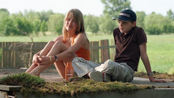 Silke (Lea Eisleb) und Martin (Johann Hillmann) | Rechte: BR/Kinderfilm/Wolfsberg
