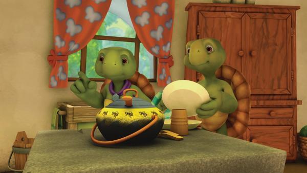 Frau und Herr Schildkröte bitten Franklin, zum Abendessen zu Hause zu sein.    Rechte: KiKA/Nelvana Limited/Infinite Frameworks Pte Ltd.