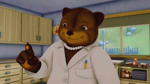 Frau Doktor Bär untersucht Franklin nach einem Sturz.   Rechte: KiKA/Nelvana Limited/Infinite Frameworks Pte Ltd.