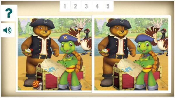 Schau dir jeweils beide Bilder genau an. Im rechten Bild sind kleine Fehler versteckt. Kannst du alle Fehler finden? | Rechte: KiKA