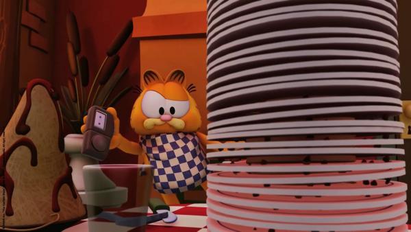 Garfield versucht die falsche Stimme zu identifizieren.   Rechte: HR/Dargaud Media/MediaToon/Paws Inc./France 3