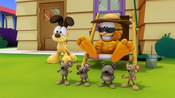 Garfield soll trainieren. Die Muskelprotz Maus Biff versucht, ihn in Form zu bringen. Doch Garfield wehrt sich mit allen Mitteln. | Rechte: HR/DARGAUD MEDIA
