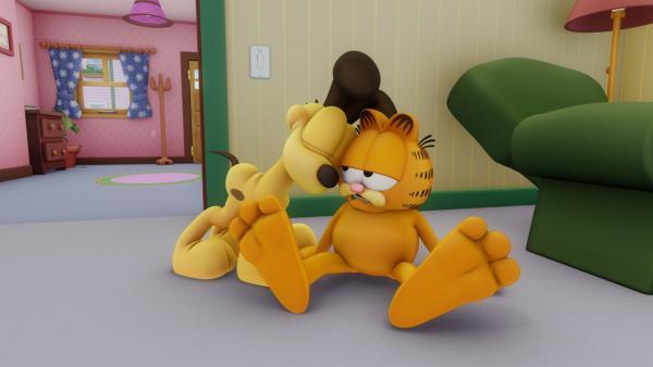 Durch einen Schlag auf den Kopf verliert Garfield sein Gedächtnis, was Nermal sofort ausnutzt. | Rechte: HR/DARGAUD MEDIA