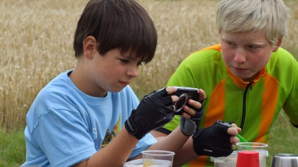 Michal und sein Bruder Victor haben Aliens gesichtet. | Rechte: EBU/SR/Černá Pavla