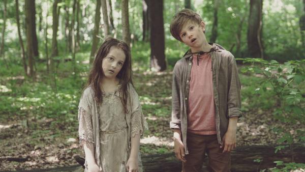 Miko (Valentin Wessely) und Zombriella (Emelie Harbrecht). | Rechte: SR/ProSaar