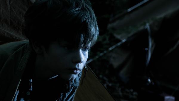 Miko (Valentin Wessely) muss sich den Ängsten seiner Albträume stellen. | Rechte: SR/ProSaar